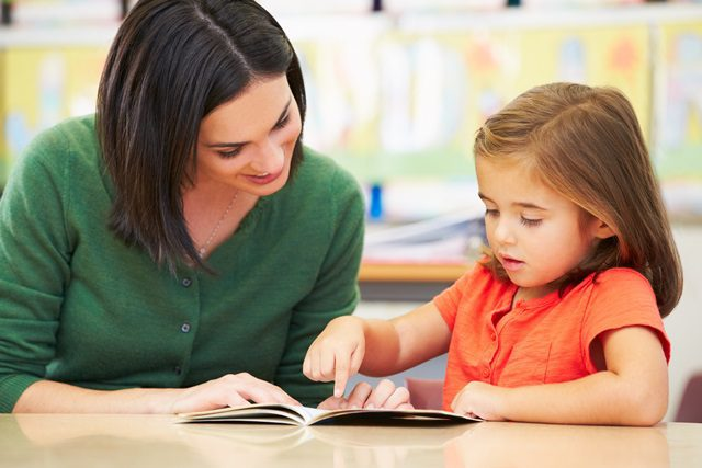 Reading: 4 strategies to use at home to help your child learn to read