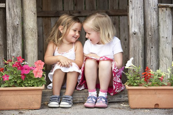 How to help your child to make friends