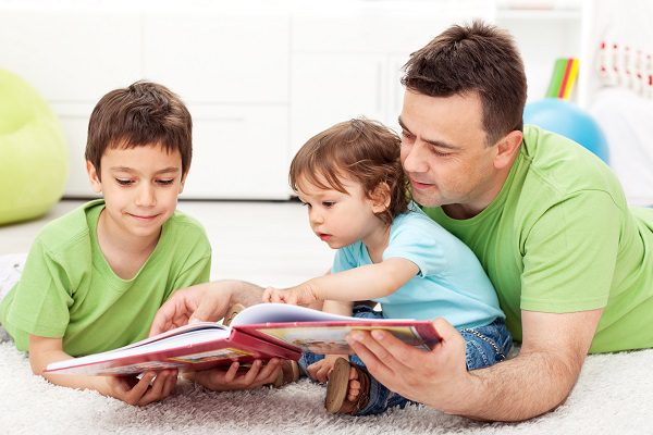 Benefits of reading aloud to children