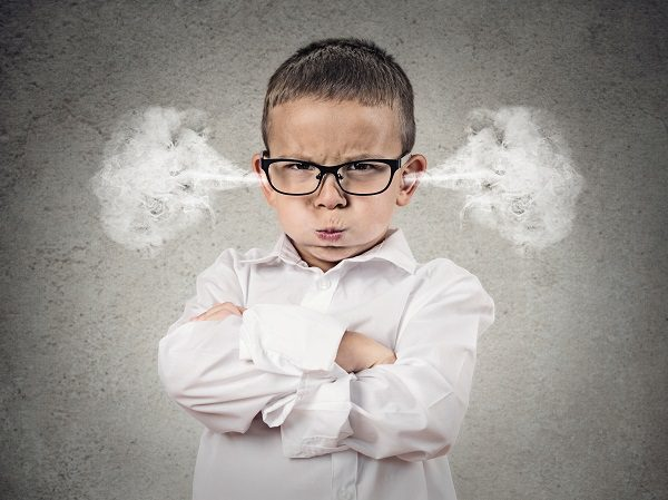 How to manage your child's meltdowns and tantrums - Advice and free ebook
