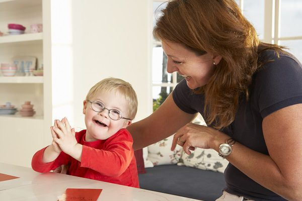5 ways speech therapy can help a child with Autism - Free advice from Speech pathologist in Sydney's northern beaches